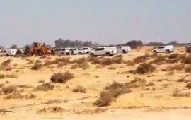 النقب: جرافات إسرائيلية تقتحم قرية بير هداج وتشرع بهدم عدد من البيوت