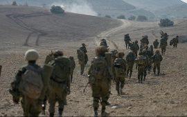 """نتنياهو """"يهدئ"""" وطاقمه يدق طبول الحرب"""