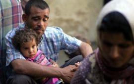 حماس تصرف 200 دولار لـ 500 أسرة مستأجرة مهددة بالطرد بغزة