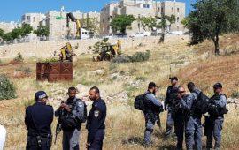 إقامة قاعدة عسكرية للاحتلال على أراضي صور باهر