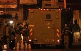 """حملة اعتقالات """"إسرائيلية"""" بالضفة والقدس"""