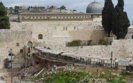 المفتي العام يحذر من كارثية الحفريات أسفل المسجد الأقصى المبارك