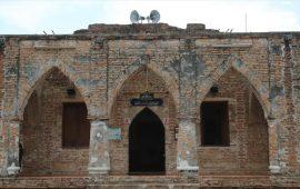منذ 400 عام.. مسلمون في تايلاند يصلون بمسجد دون قبة ومئذنة