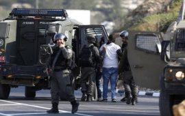 مجندة إسرائيلية أطلقت رصاصًا إسفنجيًّا على فلسطيني للتسلية