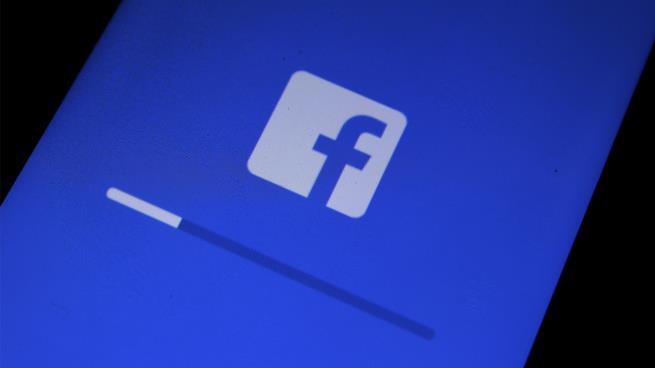 """""""فيسبوك"""" يخسر مليون مستخدم في أوروبا خلال 3 أشهر"""