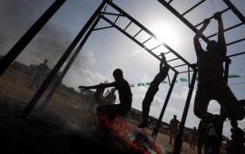 خبراء إسرائيليون: بناء جدار شرق غزة يسرع بالحرب