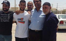 الأسير عمر رياض عودة من قلنسوة إلى الحرية بعد سنة ونصف من الاعتقال: السجون لن تثنينا عن مواصلة نصرة الأقصى