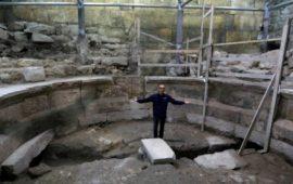 """مزاعم إسرائيلية باكتشاف أجزاء مدفونة من حائط """"البراق"""" ومسرح روماني أسفل الأقصى"""