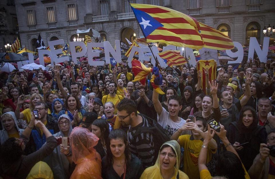 Photo of صحيفة لافانغوارديا: أزمة كتالونيا تعزز عوامل تفكك الاتحاد الأوروبي