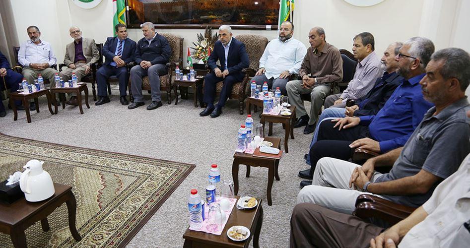 Photo of السنوار يدعو الفصائل الفلسطينية لاجتماع طارئ