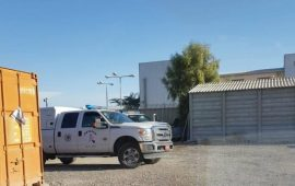 رغم أجواء الطقس العاصفة: الجرافات الإسرائيلية تهدم بيتين في بير هداج بالنقب