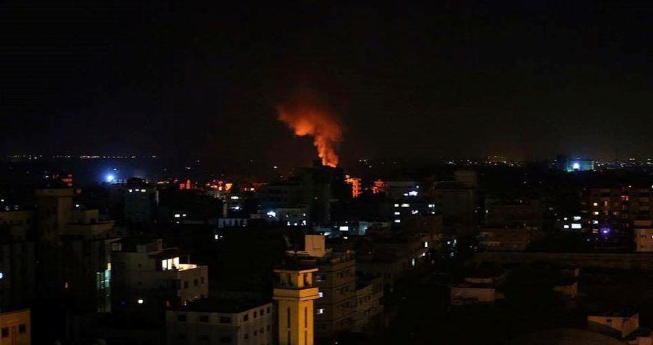 "Photo of إصابات وأضرار بغارتين ""إسرائيليتين"" غرب خانيونس"