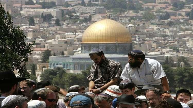 Photo of دعوات في الكنيست بالسماح للنواب اليهود بالصلاة بالأقصى