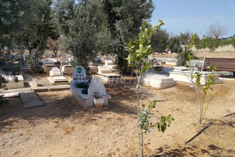 Photo of المؤسسات والهيئات في يافا تجتمع اليوم للبحث في قضية مقبرة طاسو