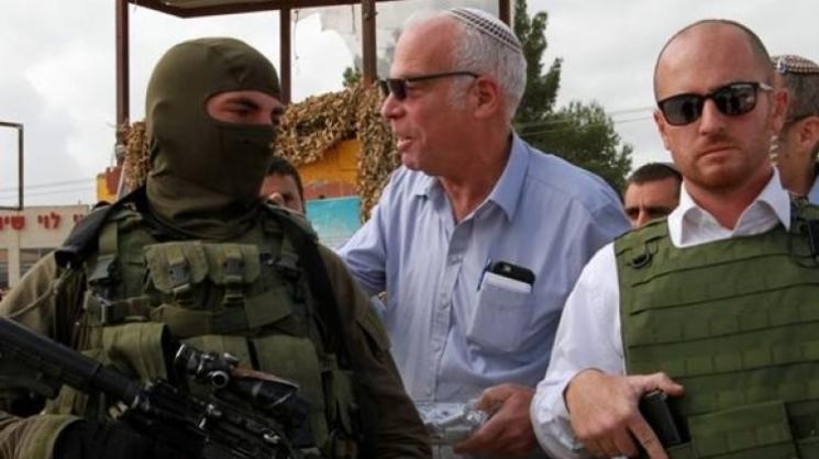 Photo of وزير اسرائيلي يدعو الى طرد عائلات فلسطيينية وهدم منازلها في الضفة وقتل ما يمكن قتلهم في قطاع غزة