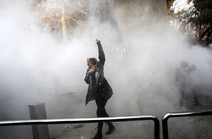 Photo of تصعيد بمظاهرات إيران وارتفاع القتلى إلى 20 بينهم 3 من الأمن