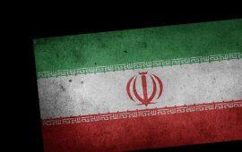 إيران.. انتقادات لتقييد حركة عالم سني بارز
