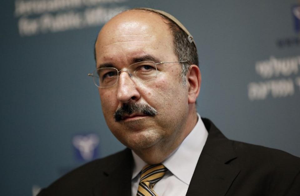 Photo of دبلوماسي إسرائيلي شارك في قمة دولية بحضور ظريف وشعبان