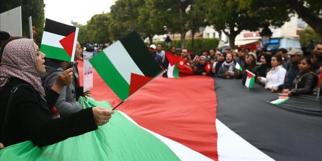 Photo of ائتلاف تونسي يطالب بتمرير مشروع قانون يجرّم التطبيع مع إسرائيل