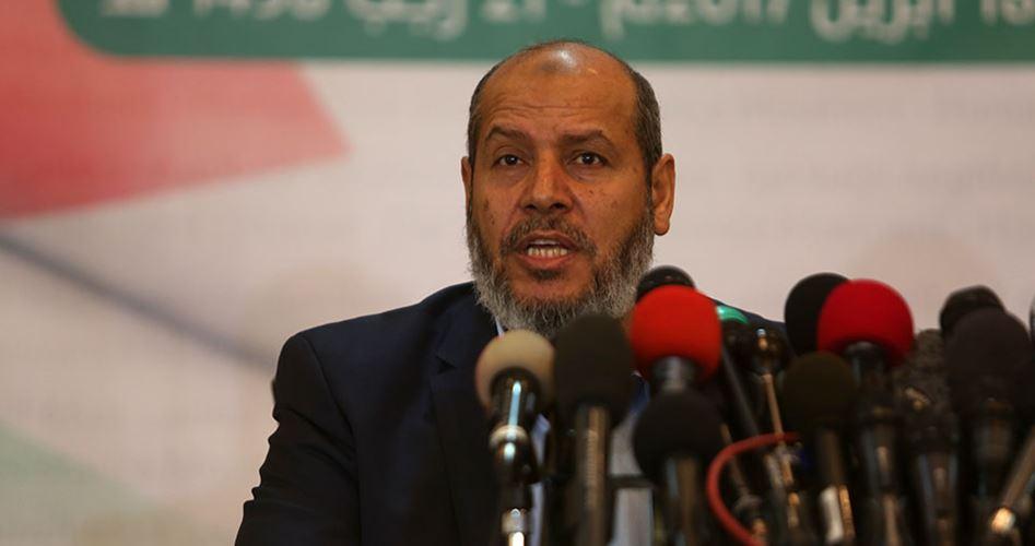 "Photo of الحية يكشف عن لقاء عقدته حماس مع ""ميلادينوف"".. ما تفاصيله؟"