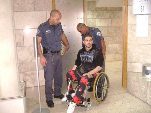 """Photo of """"ميزان"""" تتوجه برسالة عاجلة لإدارة السجون للإفراج الفوري الأسير المقعد أمير أسعد"""