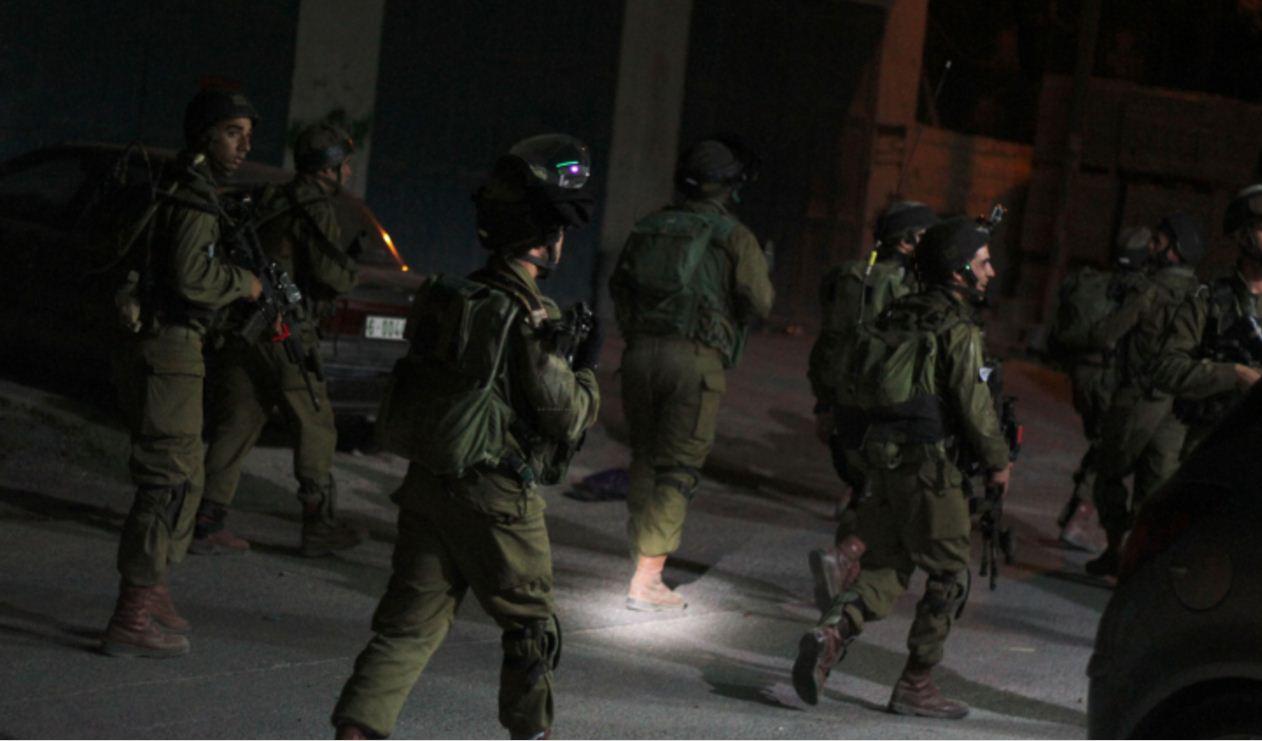 Photo of الاحتلال يعتقل 17 مواطنا في الضفة