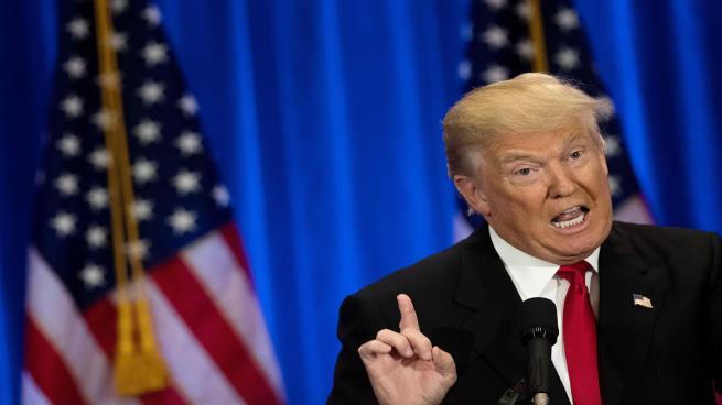 "Photo of ""واشنطن بوست"": مولر طرح فكرة استدعاء ترامب أمام هيئة محلفين كبرى"