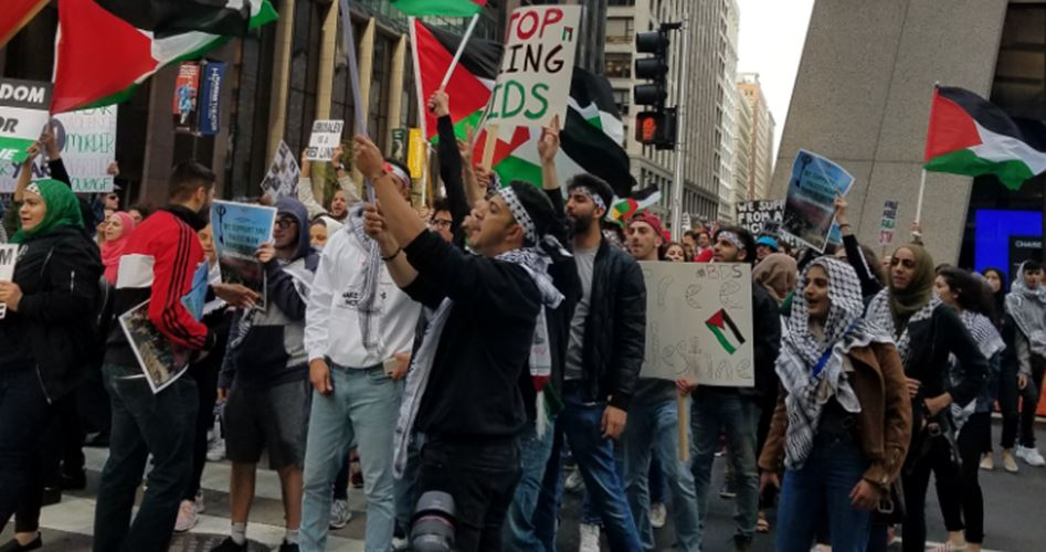 Photo of مظاهرة في شيكاغو تنديدا بنقل سفارة أمريكا للقدس المحتلة