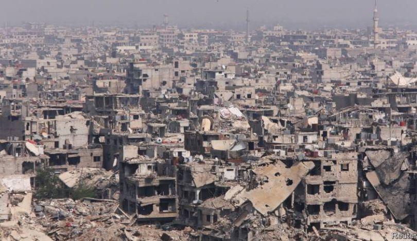 Photo of مسؤول: مخيم اليرموك فارغ تمامًا من اللاجئين الفلسطينيين