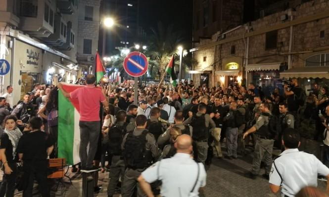 Photo of رئيس بلدية حيفا يبارك تعامل الشرطة الوحشي مع المتظاهرين