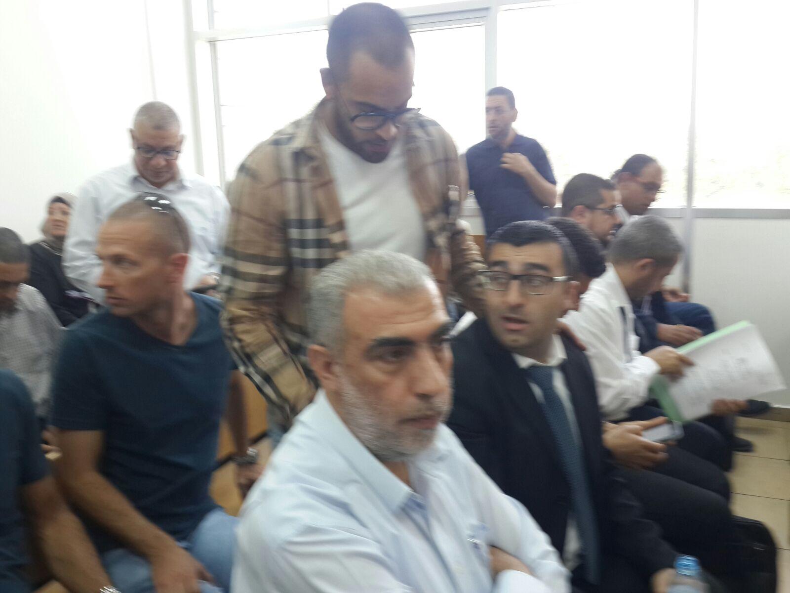 """Photo of مقترح من المحكمة لشراء القسم المتنازع عليه: محكمة الصلح في """"الكريوت"""" تبحث ملف مقبرة """"القسام"""""""