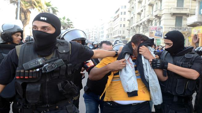 Photo of تعذيب مستمرّ… مصر تودّع ضحية جديدة