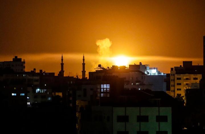 Photo of سلسلة غارات إسرائيلية على مواقع للمقاومة في قطاع غزة