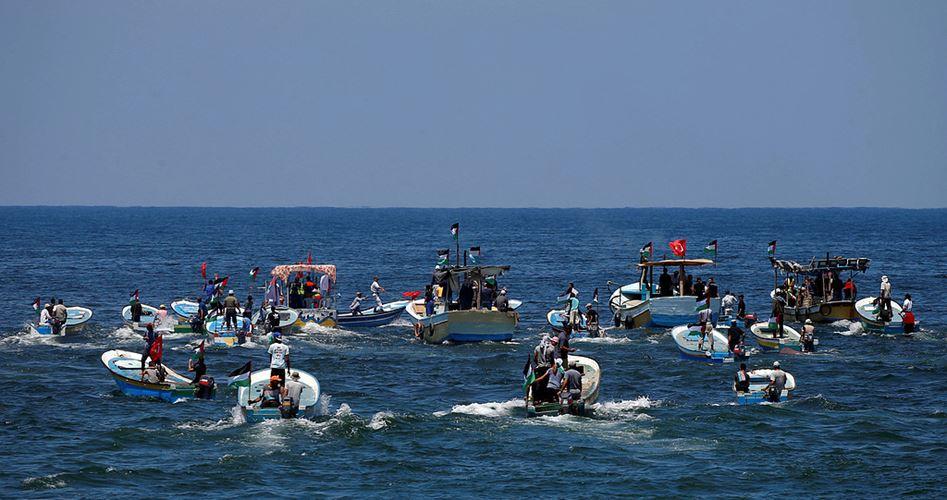 Photo of الاحتلال يسيطر على سفينة الحرية 2 ويعتقل ركابها