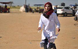 """حقوقي فلسطيني يطالب الجنائية الدولية بفتح تحقيق بمقتل """"رزان النجار"""""""