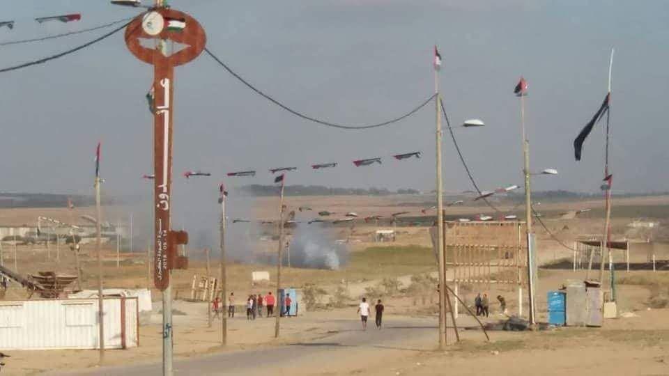 Photo of قصف إسرائيلي شرق غزة ورصاص فلسطيني يستهدف آلية هندسية