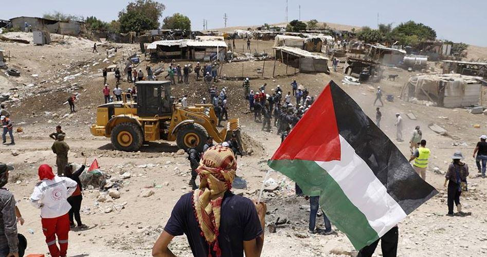 "Photo of قرية جديدة مقابل تجمع ""الخان الأحمر"" المهدد بالهدم"