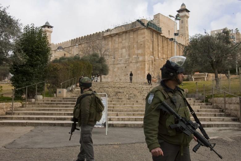 Photo of الاحتلال يغلق المسجد الإبراهيمي ليومين