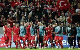 تركيا تقلب الطاولة على السويد في دوري أمم أوروبا