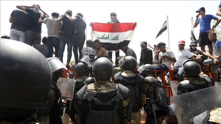 Photo of رفع حظر التجول في البصرة العراقية وسط هدوء حذر