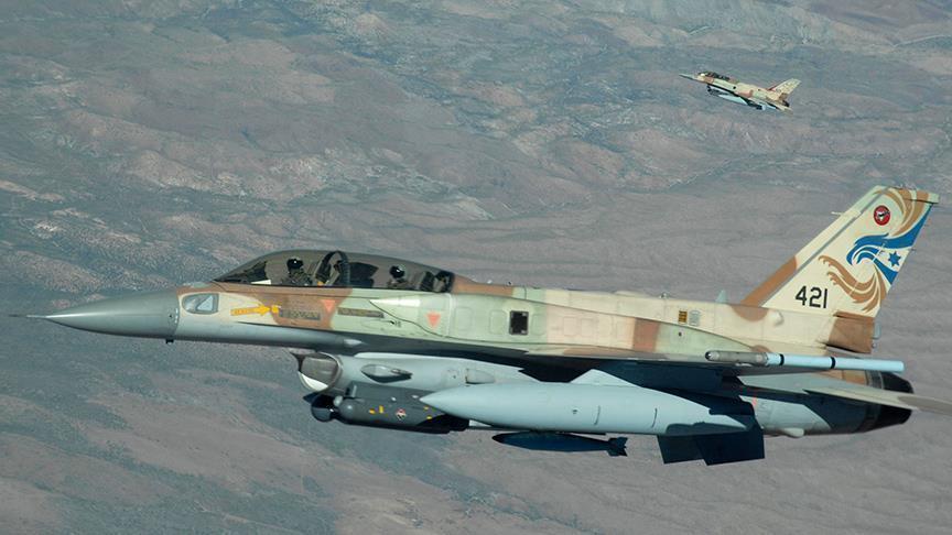 Photo of قناة عبرية: إسرائيل دمرت طائرة إيرانية محمّلة بالأسلحة في مطار دمشق