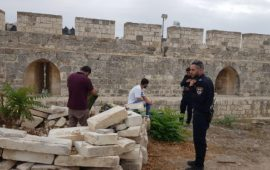 الاحتلال يُبعد 11 مقدسيًا عن المسجد الأقصى