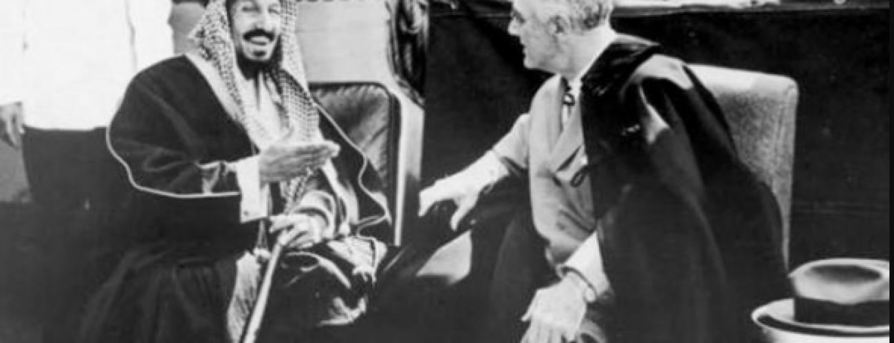 Photo of حينما اعترف روزفلت: بـ5 دقائق تعلمت الكثير من الملك عبدالعزيز