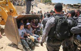 القدس المحتلة: الاعتصام في الخان الأحمر متواصل