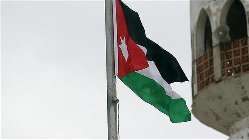 Photo of الأردن: فتح معبر جابر نصيب الحدودي مع سوريا 8 ساعات يوميا