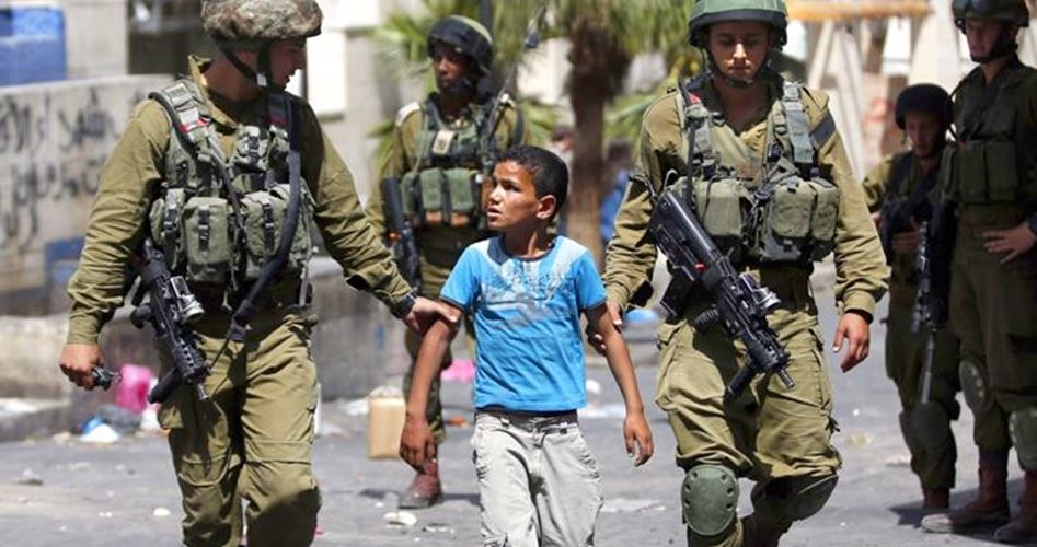 Photo of الاحتلال يعتقل أكثر من 900 طفل فلسطيني في 2018