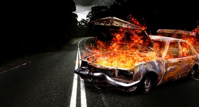 Photo of اضرام النار بسيارتين في زيمر