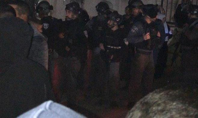 Photo of أم الفحم: إصابة شخصين بجريمة إطلاق نار وأجواء متوترة