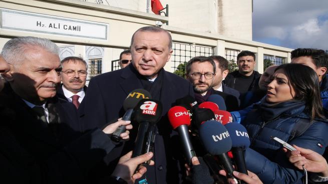 Photo of أردوغان متوعداً المليشيات الكردية في منبج: سنلقنها الدرس اللازم
