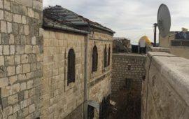 الأشغال الشاقة المؤبدة لمدان ببيع عقار للاحتلال بالقدس